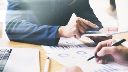 Neue TAA-Analyse offenbart Kostenexplosion im Reisebüro