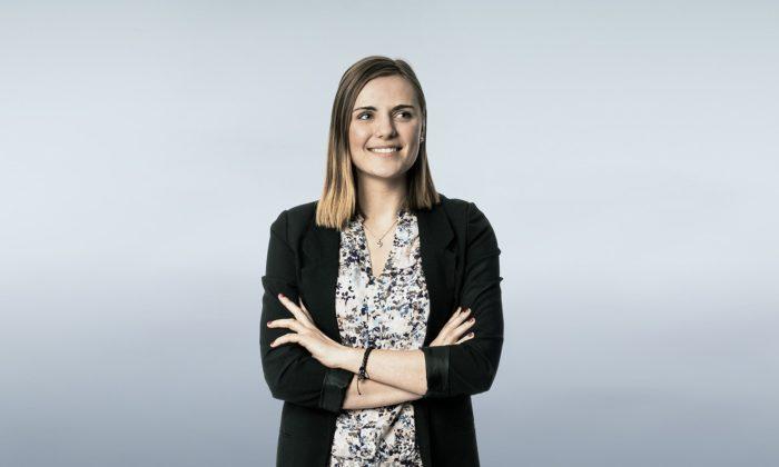 Duales Studium bei der TAA: Loreen Friedrich gibt Einblicke in ihr Studium.