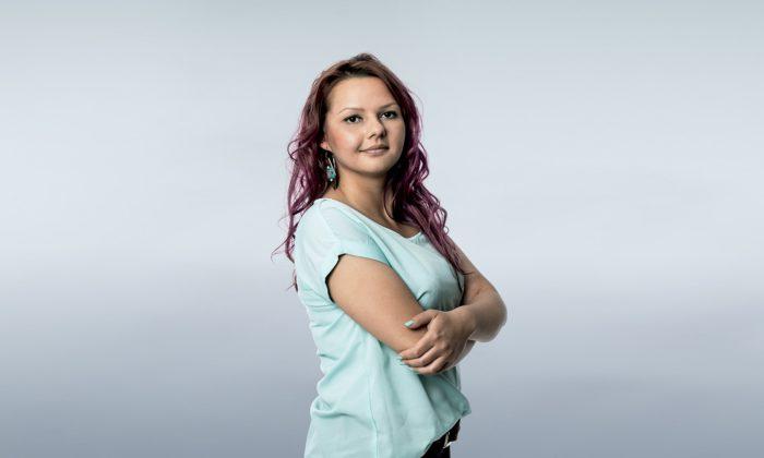 Ausbildung bei der TAA: Alona Stukkert kennt die Vorteile und berichtet aus ihrem Alltag.